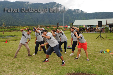 outbound team building games